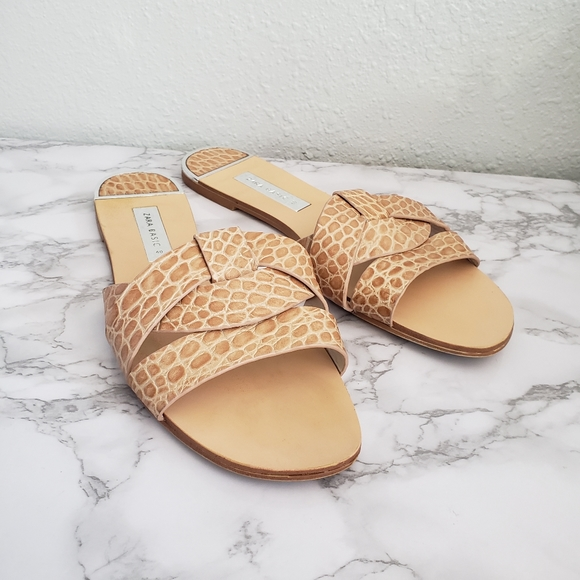 ZARA criss cross giraffe print tan slide sandals